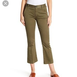 Frame Le Crop Mini Boot Chinos In Olive Green